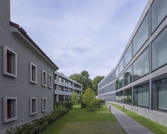 Neu- und Umbau einer Büro- und Wohnbebauung, Sanierung und Umbau denkmalgeschützter Gebäude, Maria-Josepha-Straße, München